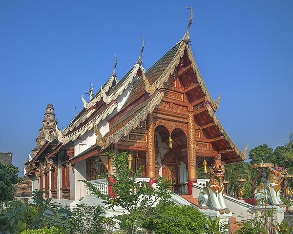 2013 Photograph, Wat Phuak Hong Phra Wihan, Tambon Phra Sing, Mueang Chiang Mai District, Chiang Mai Province, Thailand, © 2013.  ภาพถ่าย ๒๕๕๖ วัดพวกหงษ์ พระวิหาร ตำบลพระสิงห์ เมืองเชียงใหม่ จังหวัดเชียงใหม่ ประเทศไทย