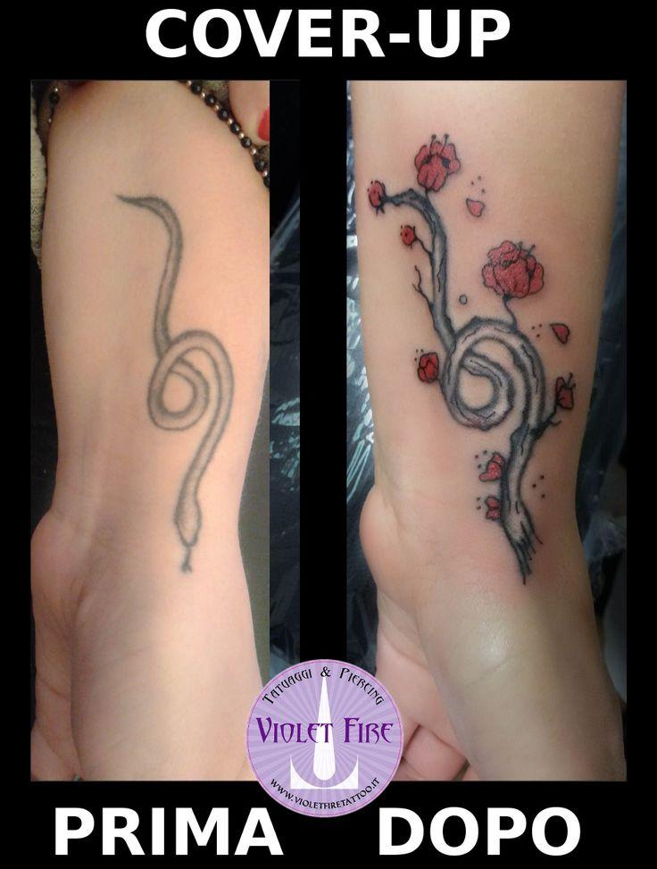 cover-up serpente, tatuaggio ramo con fiori, tatuaggio ramo di cigliegio, cover-up fiori ciliegio, copertura tatuaggio - Violet Fire Tattoo - tatuaggi maranello, tatuaggi modena, tatuaggi sassuolo, tatuaggi fiorano - Adam Raia - tatuaggio nichel free, tatuaggio senza nichel, tatuaggio vegano, nickel free tattoo, vegan tattoo, italian tattoo, tatto italy, tattoo maranello, tattoo modena