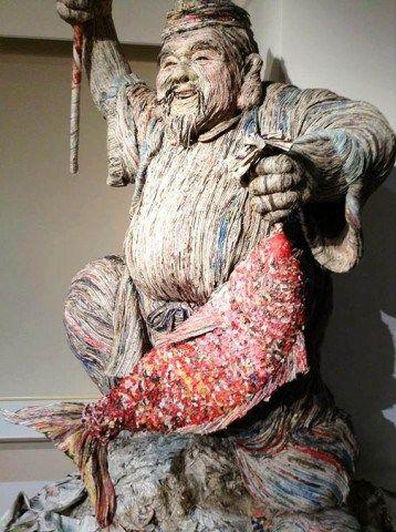 Seniman Jepang Ini Membuat Karya Unik Berbagai Bentuk Hewan Hanya Dari Limbah Koran. Cek Artikelnya Disini: http://www.wokeeh.com/hiburan/seniman-jepang-membuat-kreasi-limbah-koran/ #Unik #Keren #Design #Arts #Awesome