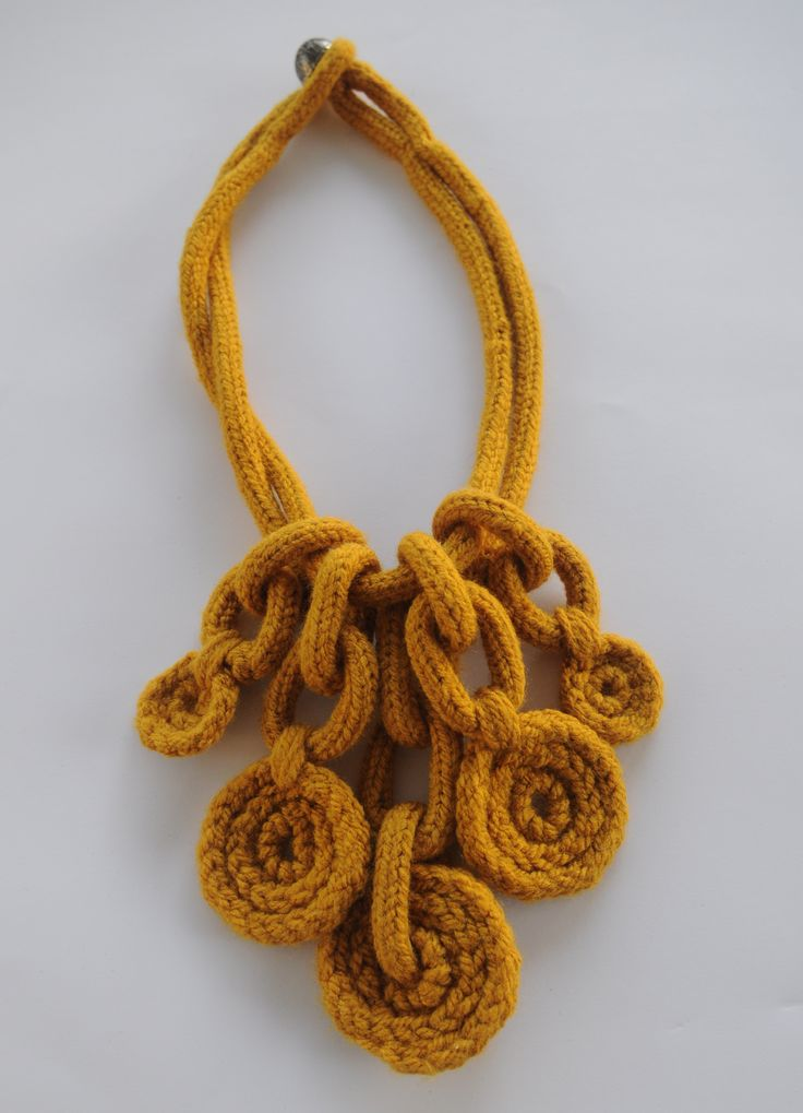 knitted necklace & neck warmer