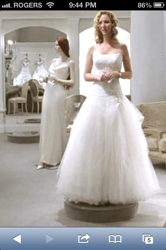 P s i love you lisa kudrow wedding dress for I love wedding dresses