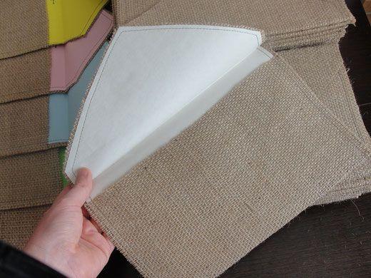 Sobre de arpillera grande forrado con papel en color - Como hacer color gris ...