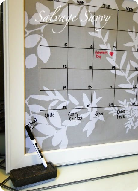 Salvage Savvy: How to Make a Dry Erase Calendar [it's easy, folks]