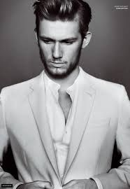 Alexander Pettyfer Health, Fitness, Height, Weight, Chest, Biceps and Waist Size. http://celebhealthy.com/alexander-pettyfer-health-fitness-height-weight-chest-biceps-and-waist-size/