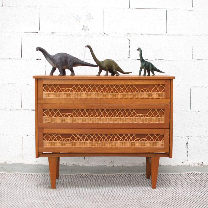 les 56 meilleures images propos de la s lection vintage chahut bahut sur pinterest bahut. Black Bedroom Furniture Sets. Home Design Ideas