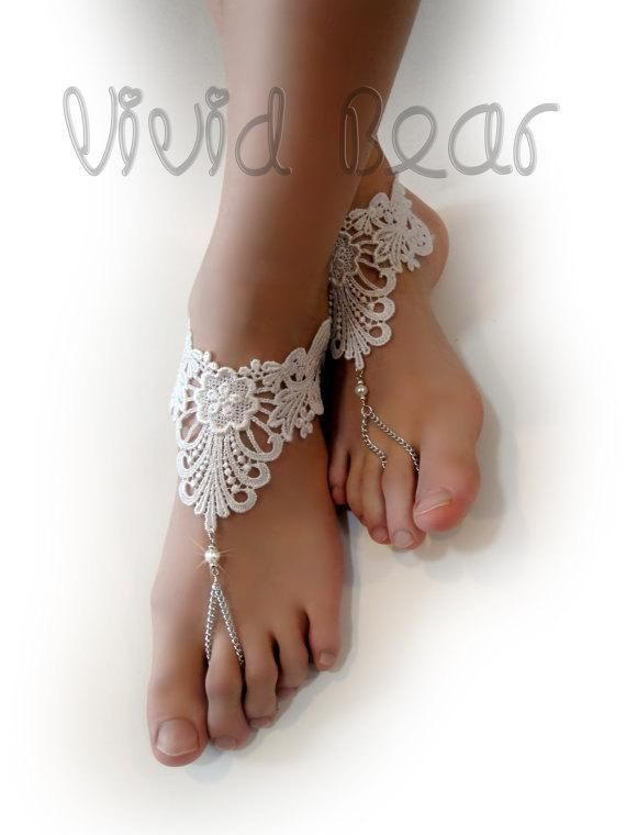 9ab11a0a9825 White Lace Foot Jewelry. Barefoot Sandals. White flowers. Pearl Beads.  Silver Chain Boho Anklets. Beach Wedding. Bridal Accessory. Set of 2