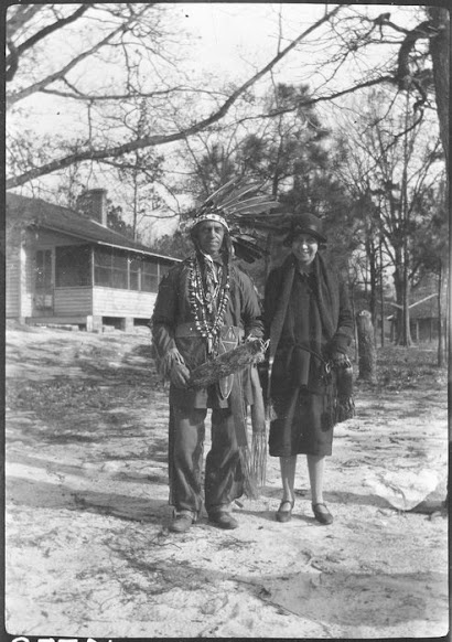 a history of the mohegan indians Mohegan indian tribe history  wikipedia: history of the native americans in the united states: a complete history of native americans by wikipedia.