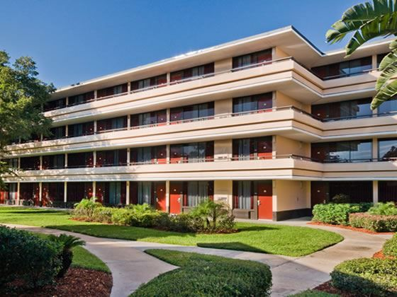 Compare hotel prices and find the cheapest price for the Rosen Inn at Pointe Orlando Hotel in Orlando