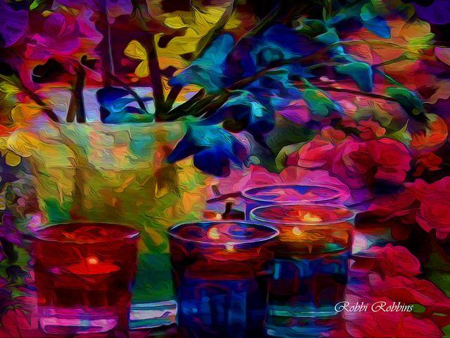 Nos encanta  el color,y la vida en color. Conoce los diseños terapéuticos de las #holos. Vibra diferente más y mejor !! www.holoplace.com/info Te lo explicamos! lluïsa&rosó
