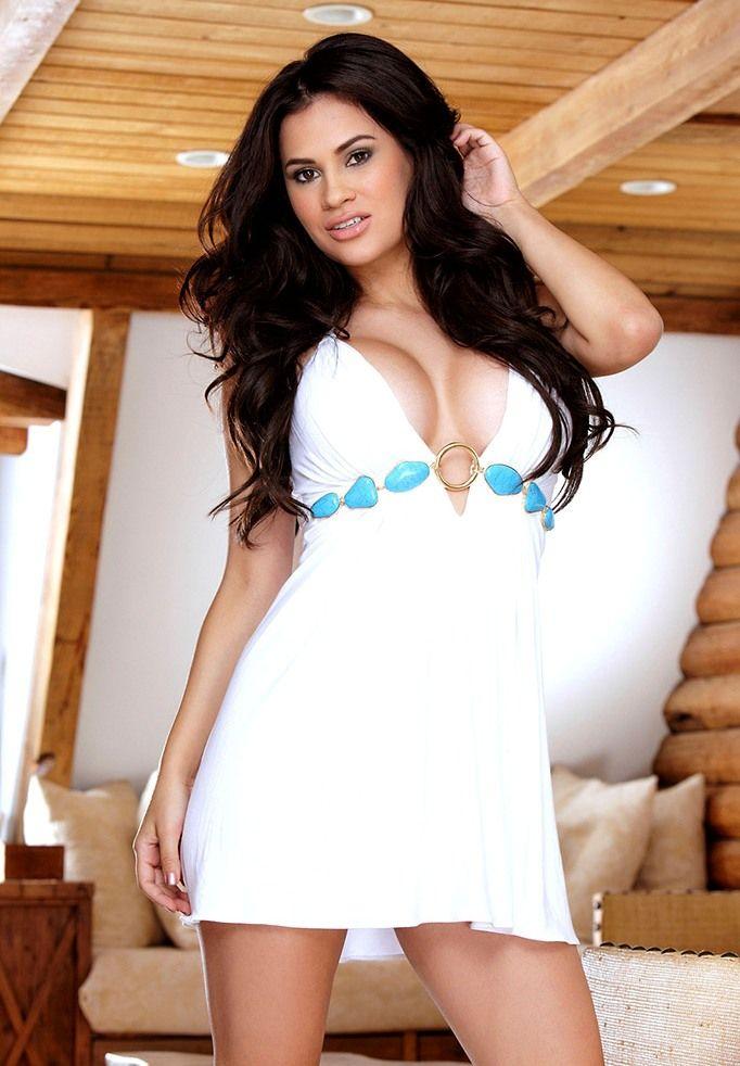 Vanessa Veracruz Nude Photos 37