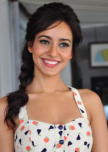 Neha Sharma feels work is keeping off her from love!