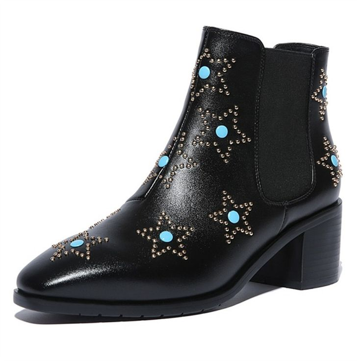 79.80$  Watch here - http://ali0ij.worldwells.pw/go.php?t=32748900982 - Autumn Winter Women Fashion Star Rivets Ankle Boots Flat Short Booties Genuine Leather Martin Botines Mujer Botas Militares