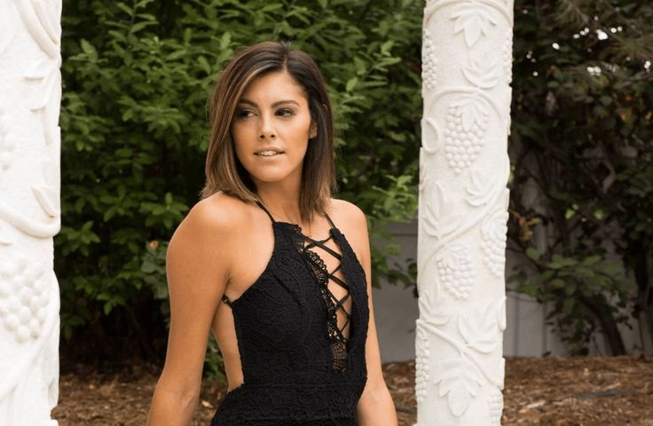 Q&A - Lace Morris of The Bachelor Talks Dating, Denver and Being a TV Villain | 303 Magazine | Bachelor in Paradise | Denver Broncos | Lace Morris Denver | Cherry Creek | Reality TV Denver