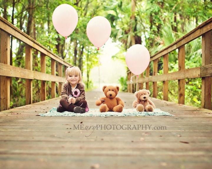 ohemgee. cutest birthday photography idea ever. :)