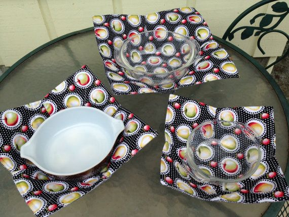 Microwave Bowl Pot Holders set of three small by Threadbender64 & 10 best MicrowAve plate holders images on Pinterest | Sewing crafts ...