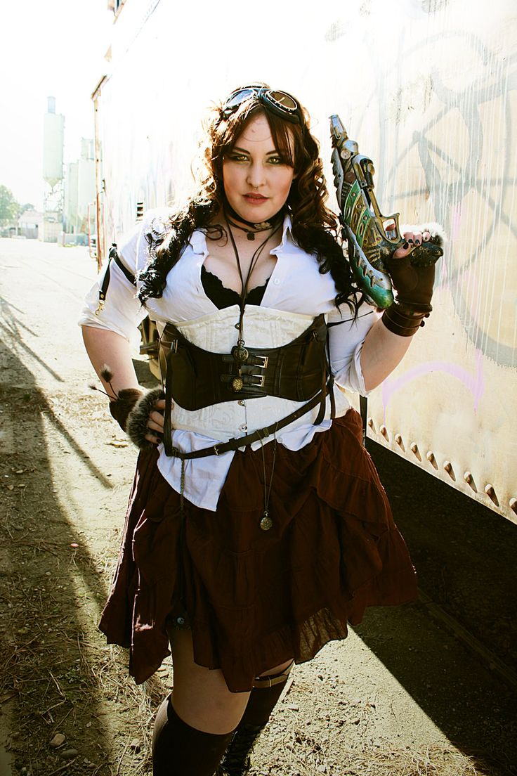 an amazing plus size steam punk look, you go girl :)                                                                                                                                                                                 More