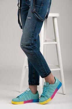 Dámske tenisky dúha Módne tenisky, farebný podrážka, pohodlné každý deň. Najlepšie obuv za najlepšiu cenu. Atraktívne štýly a modely pre každú ženu. http://cosmopolitus.eu/product-slo-94763-.html
