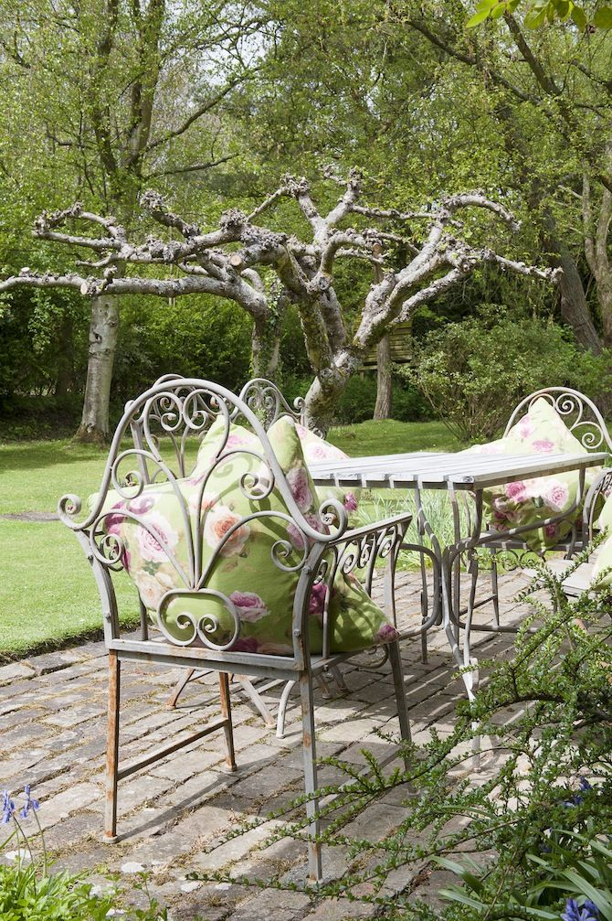 Garden Furniture Shabby Chic 371 best shabby chic ~ gardens & porches images on pinterest