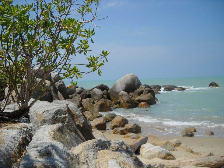Pantai Teluk Uber Kepulauan Bangka Belitung