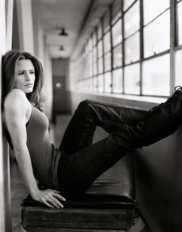 "Jennifer Garner...obscenely gorgeous & versatile, talented actress. Amazing in ""13 Going on 30"""