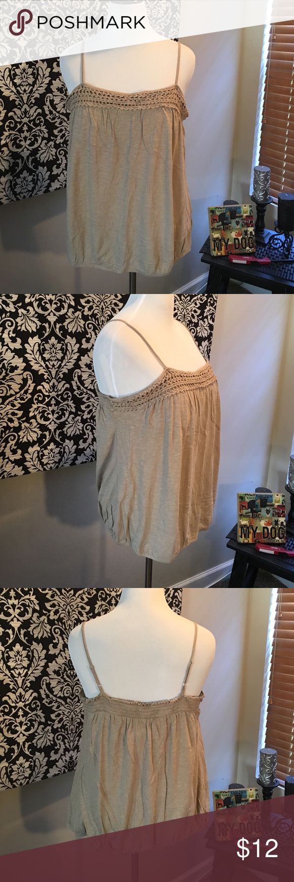 Old navy tan crochet spaghetti strap tank top Old navy tan crochet spaghetti strap tank top. Size XXL. Used. Good condition/wrinkled from storage. Adjustable straps. Elastic band around top and bottom. Cotton/modal. Old Navy Tops Tank Tops