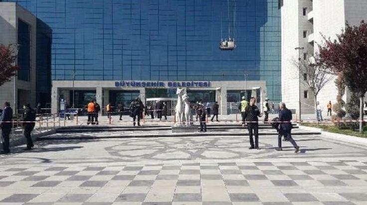 Ankara Büyükşehir Belediyesi'ne Ateş Açıldı!