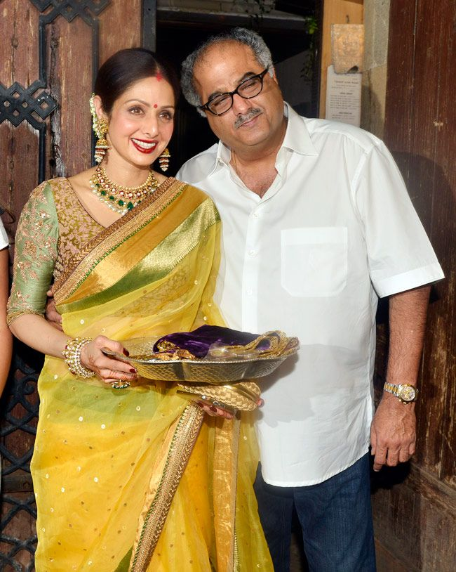 Sridevi and Boney Kapoor celebrate Karva Chauth at Anil Kapoor's residence. #Bollywood #Fashion #Style #Beauty