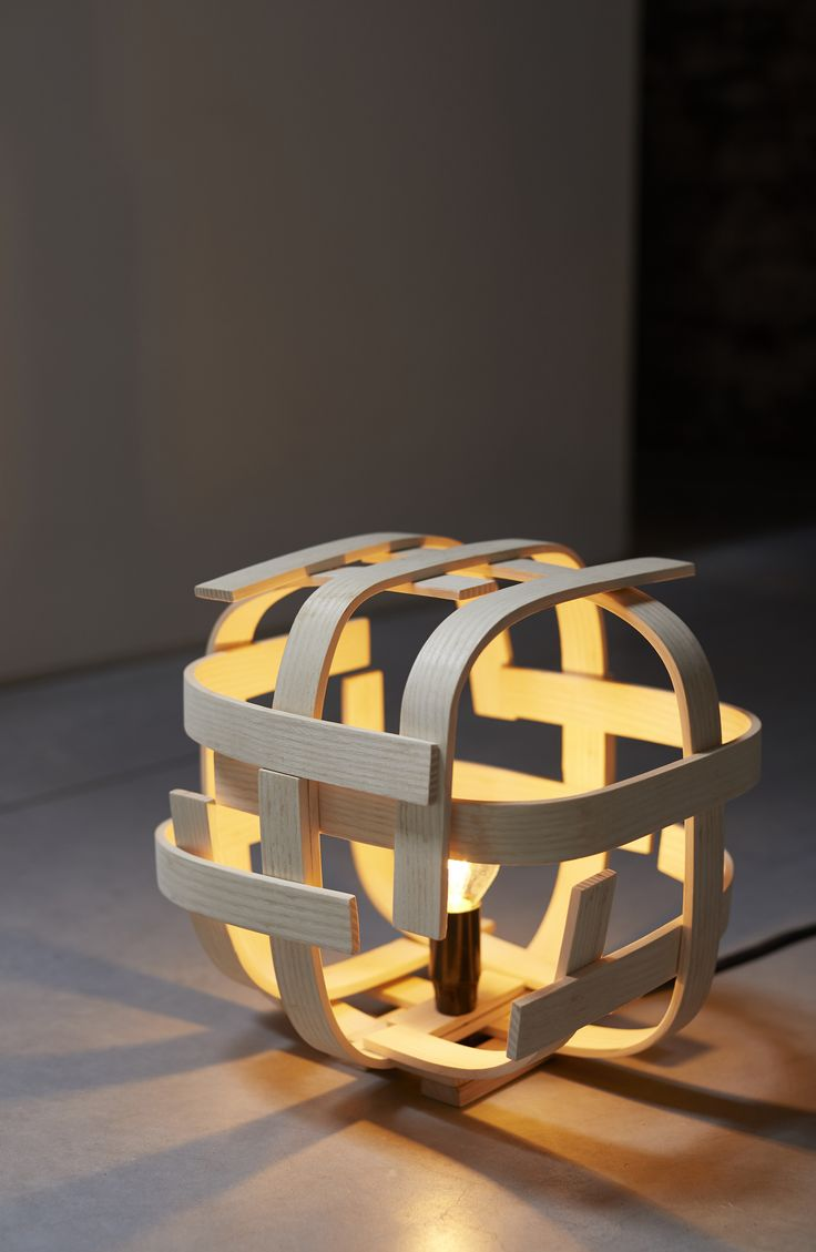 Good Lampe poser Rosalie Limelo Design
