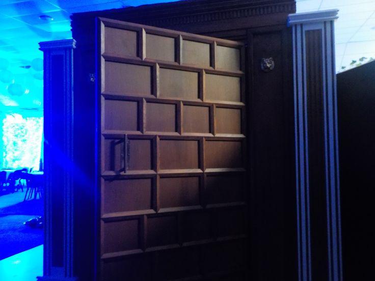 Entrance to the Narnia ball through the wardrobe