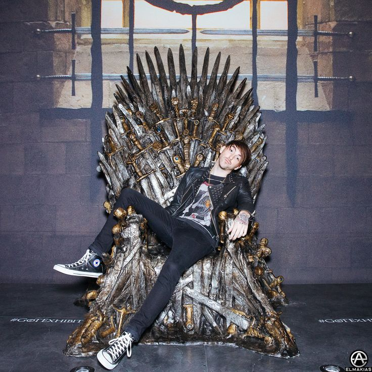 Alex of All Time Low x Game Of Thrones. full set http