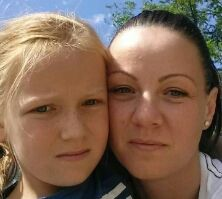 vadász napon anyával