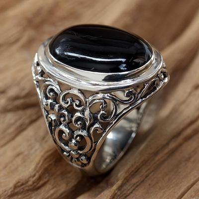 Men's onyx ring, 'Song of the Night' - Men's Handmade Sterling Silver and Onyx Ring