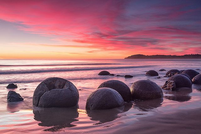 Moeraki sunrise (Explore #1 on 7 May 2012) by Luke Tscharke, via Flickr