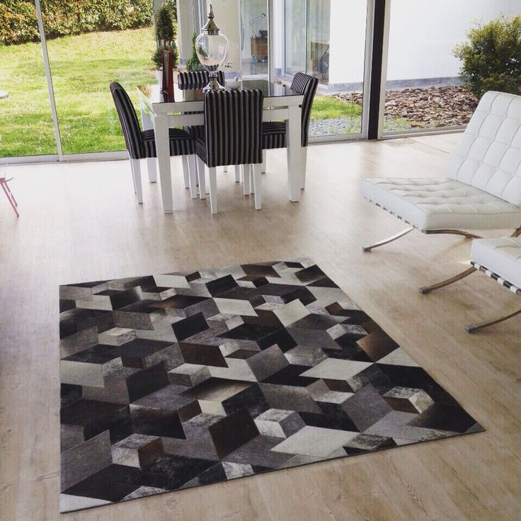 Tapete 3D - Rug 3D Patchwork leather rug. Like another dimension, so cool!!!  Tapetes en Cuero