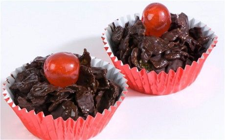 Red Nose Day cakes made with cornflakes