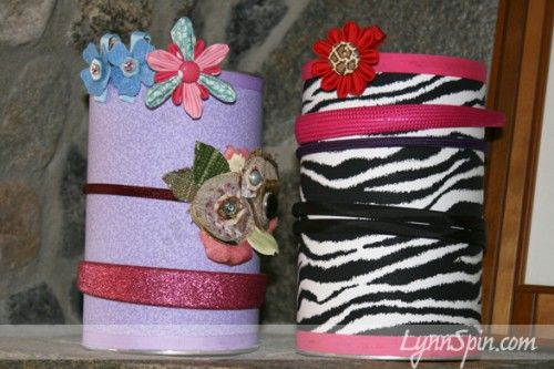 Headband and hairbow holder from a baby formula container.  Fabric, spray glue, WAALAA! Great ideas from LynnSpin blog