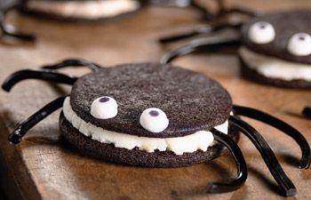 Spider Cookies by kingarthurflour #Halloween #Spider_Cookies #kingarthurflour