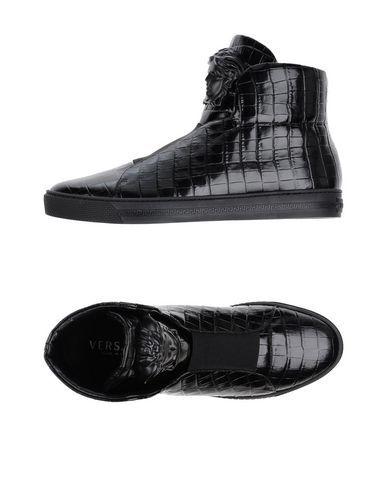 VERSACE . #versace #shoes #sneakers