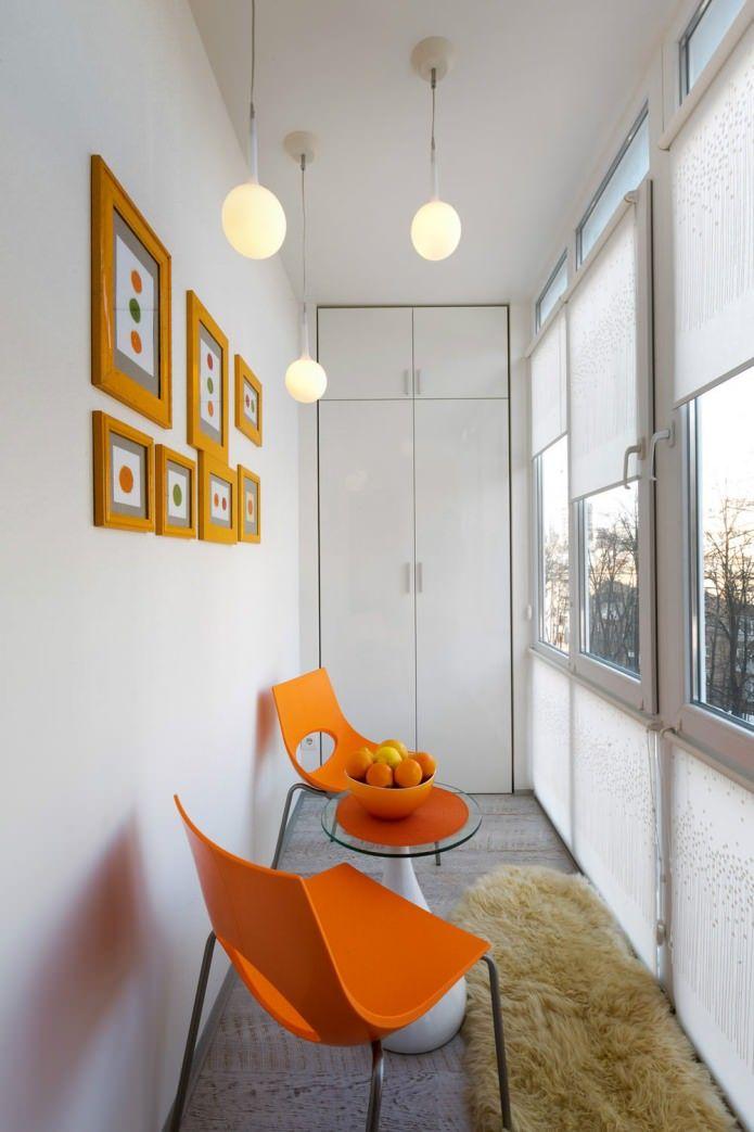 балкон в дизайне студии 22 кв. м.