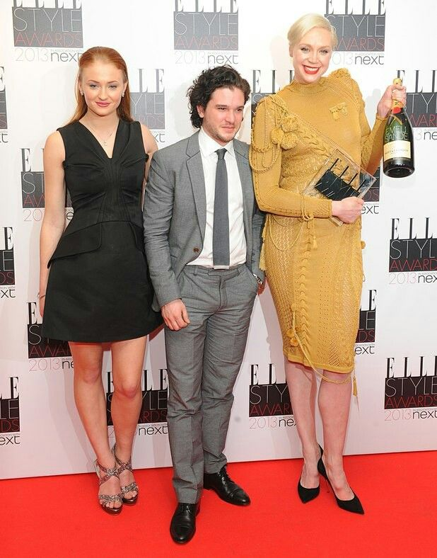 Sansa Stark (Sophie Turner ), Jon Snow ( Kit Harington ...