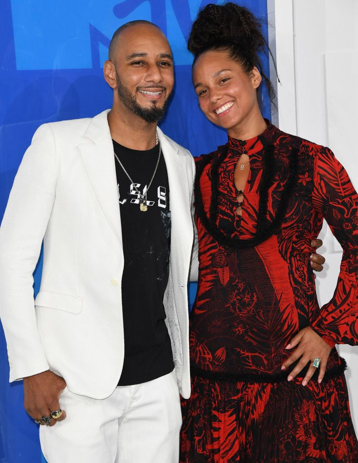 ALICIA KEYS: PLAN SURPRISE DATES FOR ONE ANOTHER