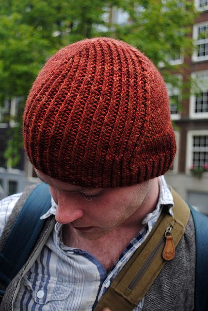 I love a great Stephen West pattern! This makes for a great knit hat with the flowing design. The pattern includes a matching cowl.