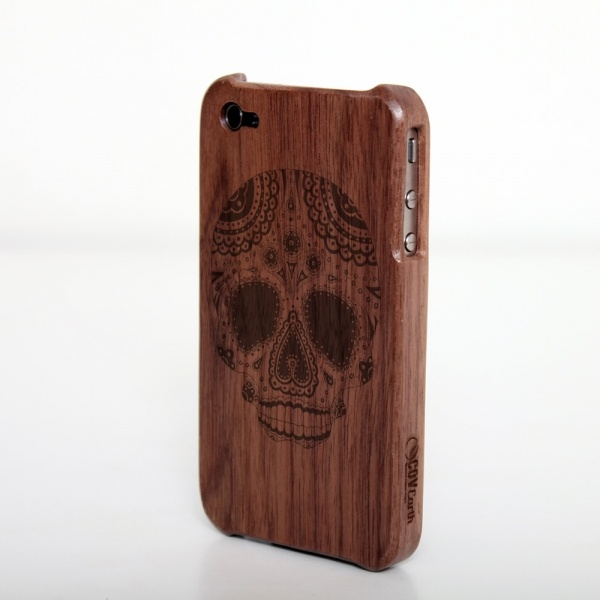 iPhone 4 wood cover - laser engraved