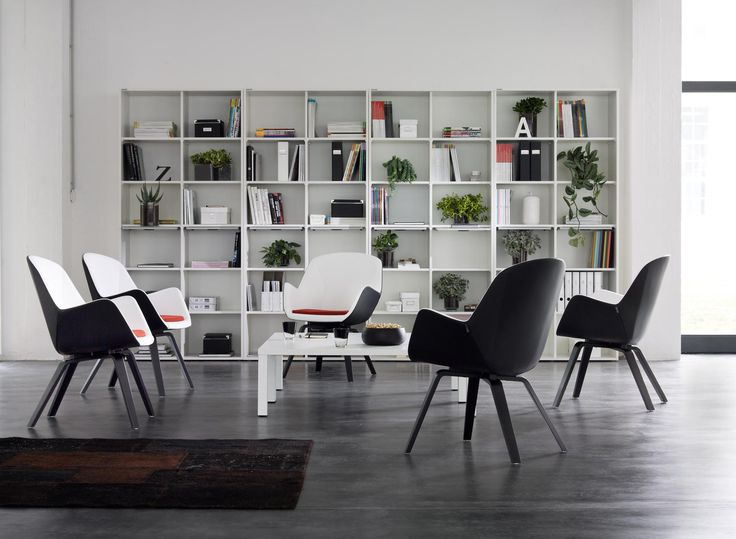 pulse is a classic piece of seating furniture for business lounges and communication areas as well.