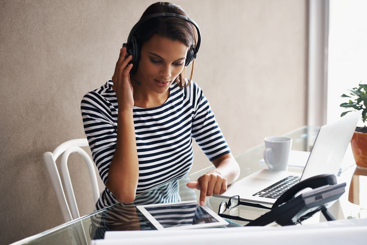 How To Find Jobs With Virtual Call Centers Work At Home Call Center Jobs Virtual Call Center Call Center Types Of Education