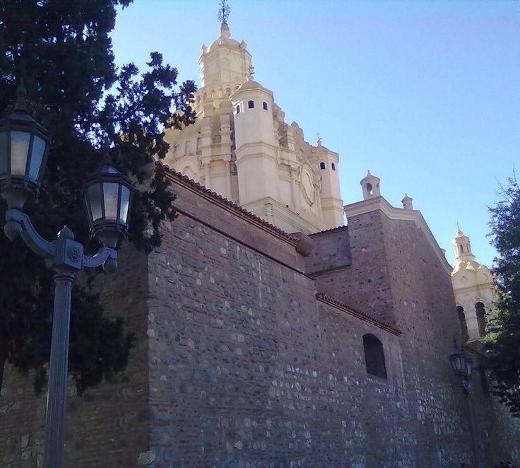 Cadral de Córdoba. Lateral