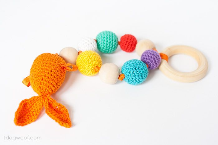 Goldfish teether | www.1dogwoof.com