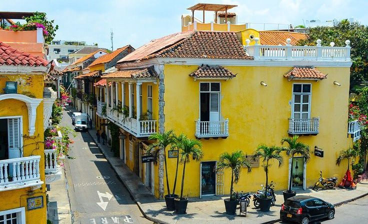 Cartagena was my first glimpse into the Colombian culture and I loved it. Brightly colored buildings lined the seaside town and beautiful flowers lined many of the balconies.