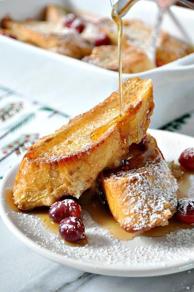 10 Recipes for Overnight Christmas Casseroles | RecipeLion.com