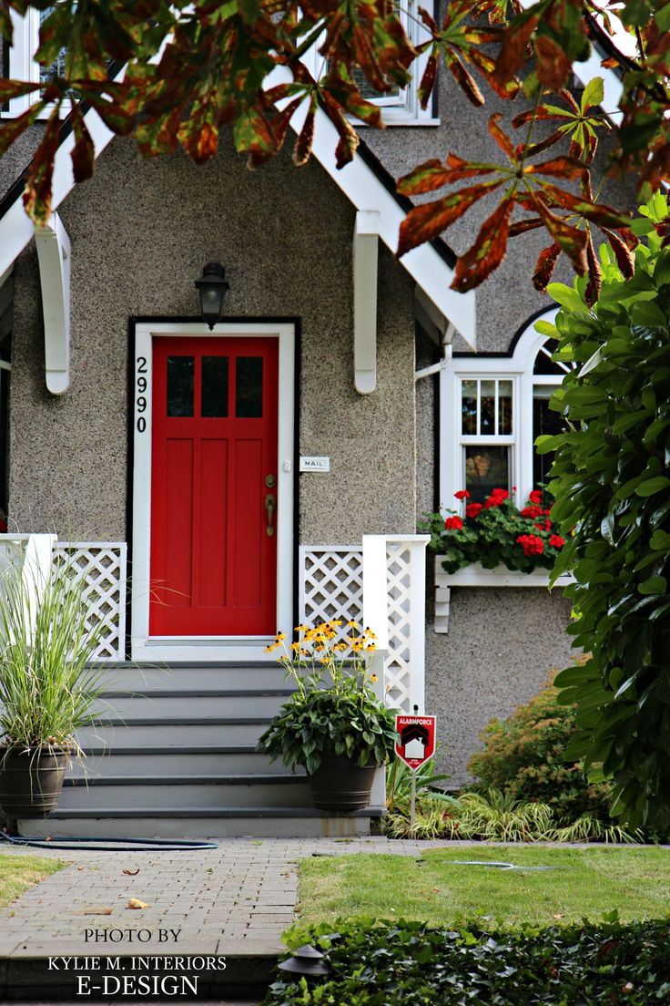 The 25 best stucco siding ideas on pinterest cedar shake siding what are the best paint colours for a front door rubansaba